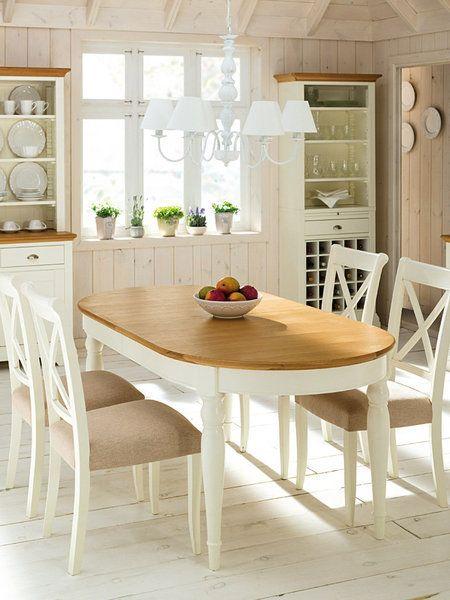 Cocinas con sabor y un delicado estilo r stico chic mesa - Mesa ovalada comedor ...