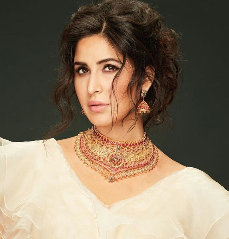 Official Stills Katrina Kaif For Kalyan Jewellers كاترينا كيف لـ مجوهرات كاليان Katrinakaif K Katrina Kaif Katrina Kaif Photo Katrina Kaif Hot Pics