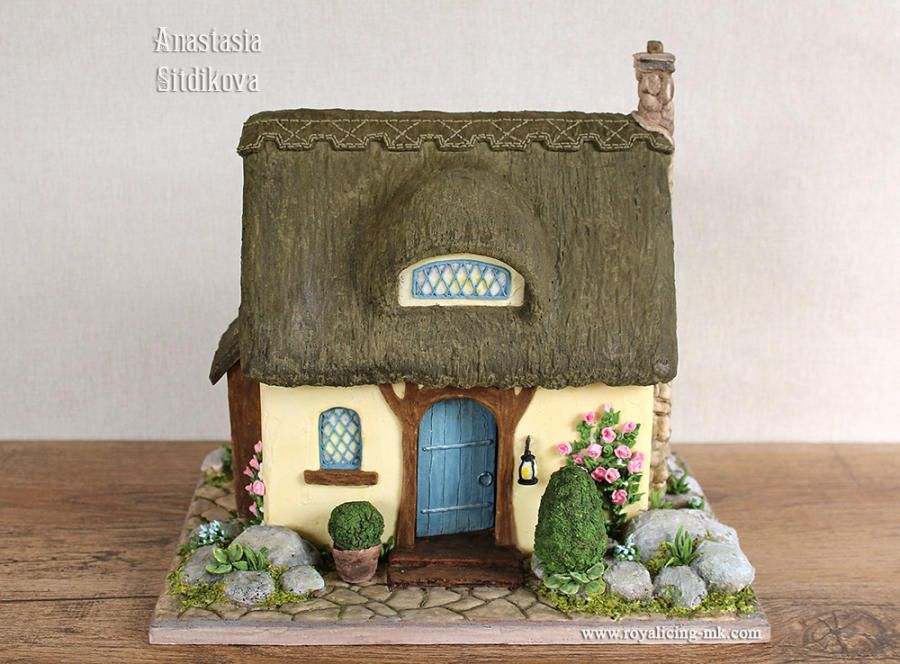 Gingerbread house by Anastasia