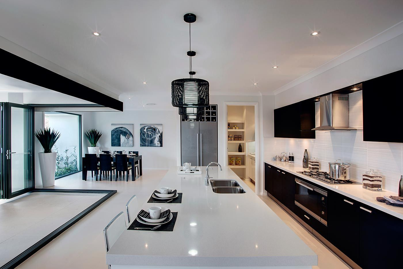Love The Modern Black And White Of This Stunning Gourmet Kitchen In  McDonald Jones Homes Garden Retreat.