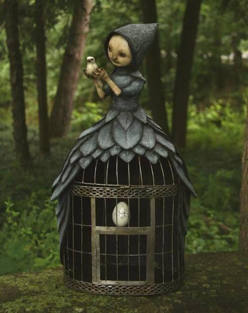 Creepy Sculptures: The Dark and Bizarre Art of Scott Radke http://designwrld.com/creepy-sculptures-by-scott-radke/
