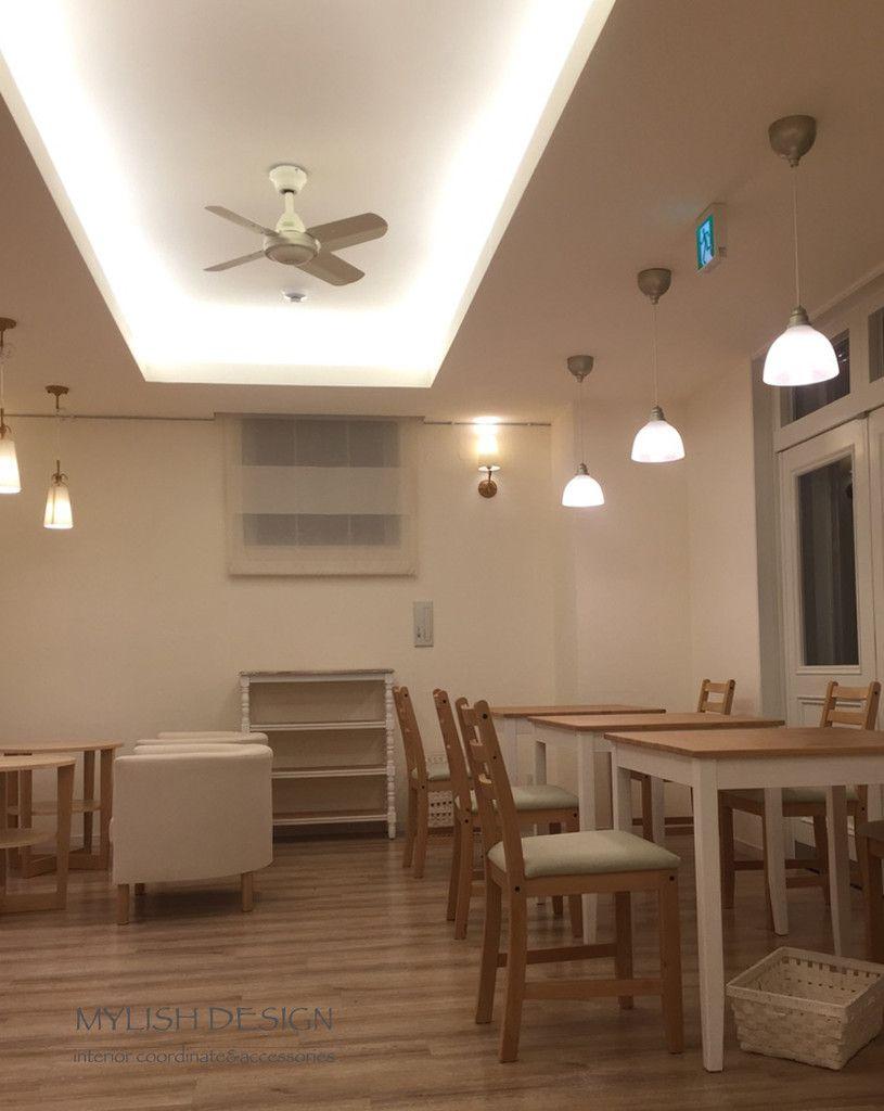 マイリッシュデザインのインテリア施工例 カフェスペースの照明 折り