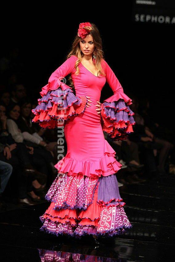 www.quemonavaestachica.com/tag/trajes-de-flamenca