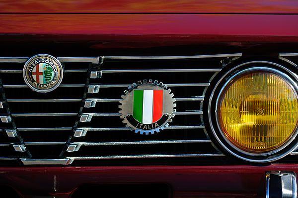Alfa-romeo Grille Emblem - Car photographs by Jill Reger