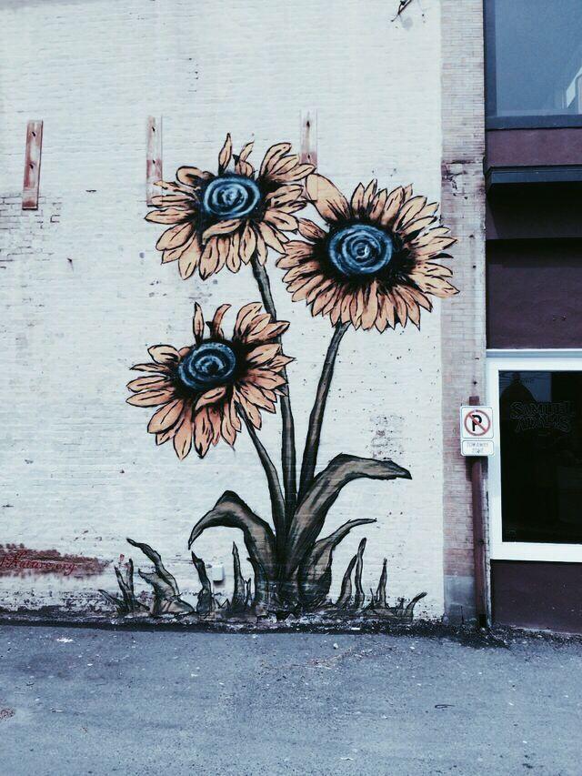 Better Than Plain Concrete Jungle Blank Space Maybe Big More Colour To Flower Is Only Slight Improvement Pos Street Art Murals Street Art Street Art Graffiti