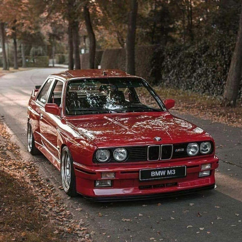 BMW E30 M3 >> Bmw E30 M3 1985 1992 It Is Unusual That A Car Designed