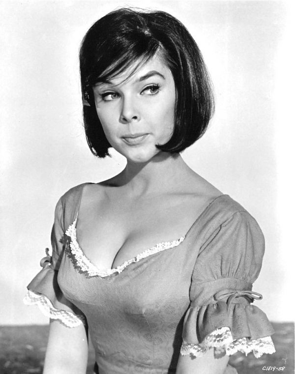 Yvonne Craig, Batgirl on '60s Batman TV Series, Dead at 78; a 30 Photo Tribute