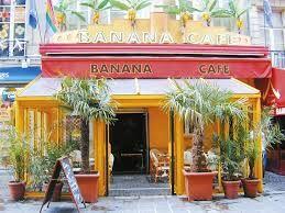 Banana Café : http://www.bananacafeparis.com