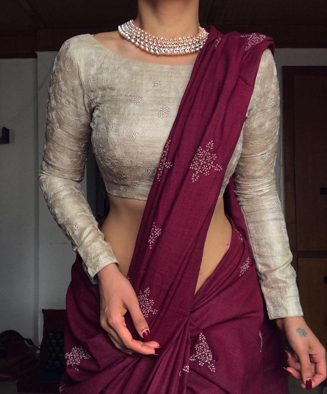2 120 Likes 0 Comments Margazhii Margazhidesigns On Instagram Janua In 2021 Saree Jacket Designs Fashionable Saree Blouse Designs Saree Blouse Designs Latest