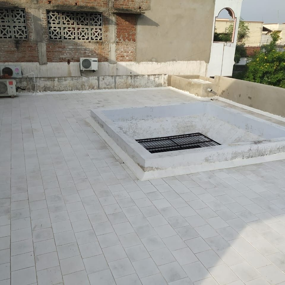 Tile That Can Sustain Any Weather Conditions White Feet Cool Roof Tiles Tiles Tilesmanufacturer Ecofriendly Rooftil Cool Roof Roof Tiles Outdoor Decor