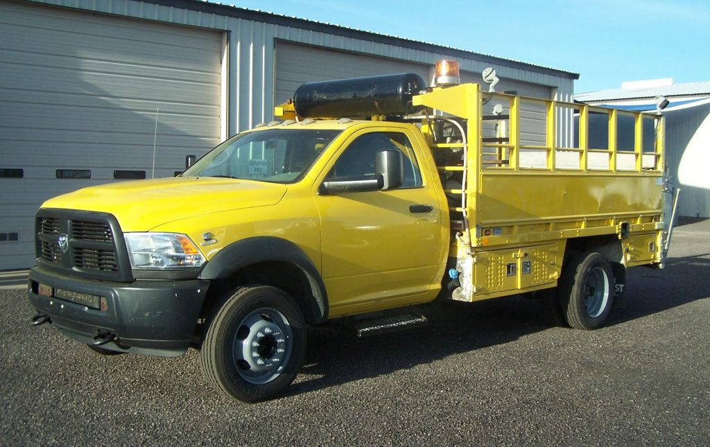 2012 RAM 5500 — MECHANIC and TIRE SERVICE TRUCK.. 6.7