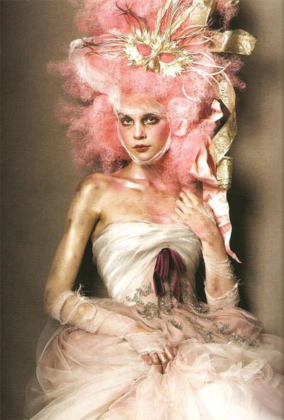 luellasvisualindustry:    Photography by Steven Meisel