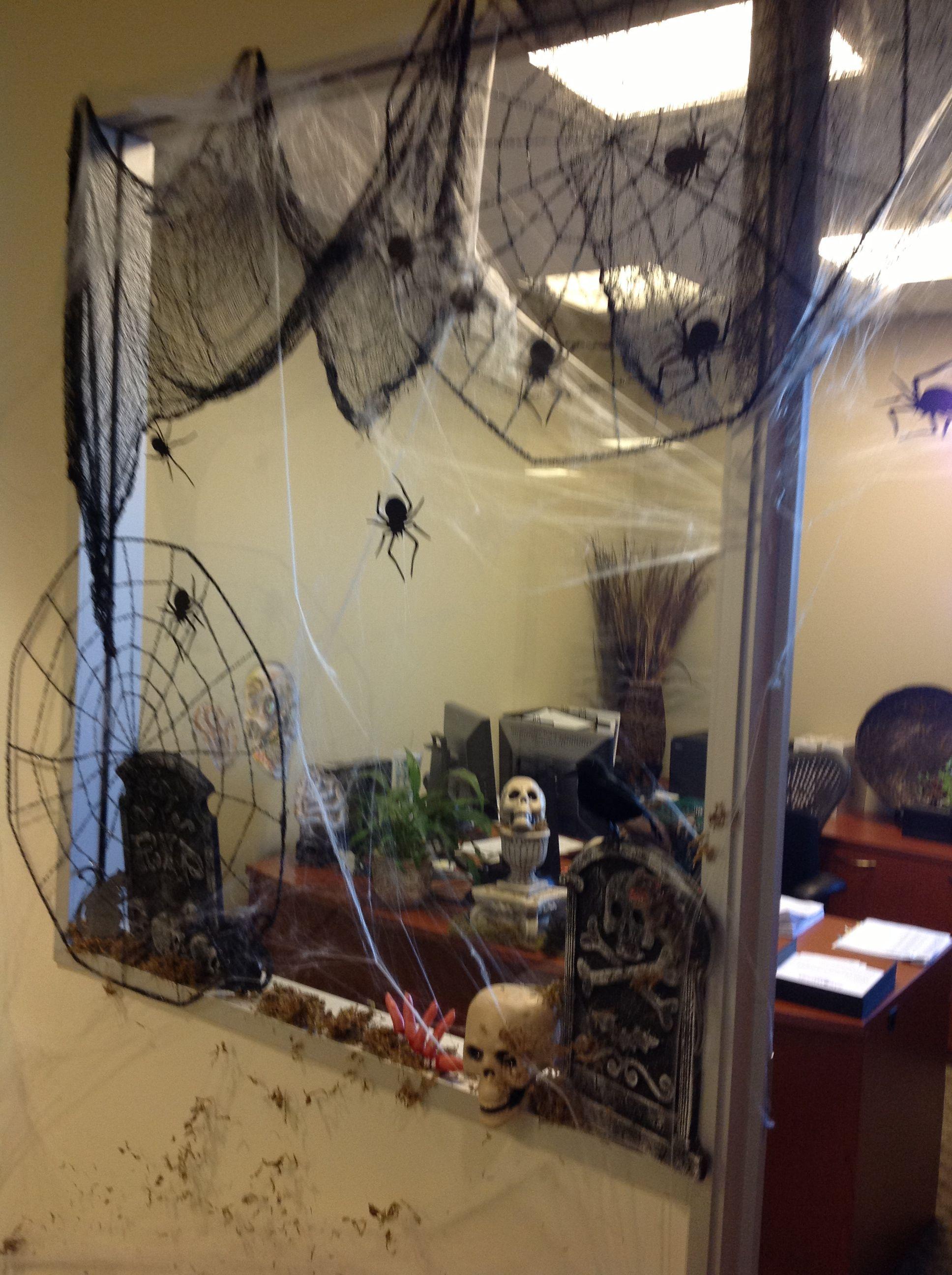 amusing halloween office decoration theme ideas | Office window Halloween decorating | Diy halloween office ...
