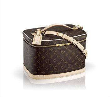 The Louis Vuitton Nice travel accessory is the perfect case for keeping organized on a long trip. #jetsetter #louisvuitton