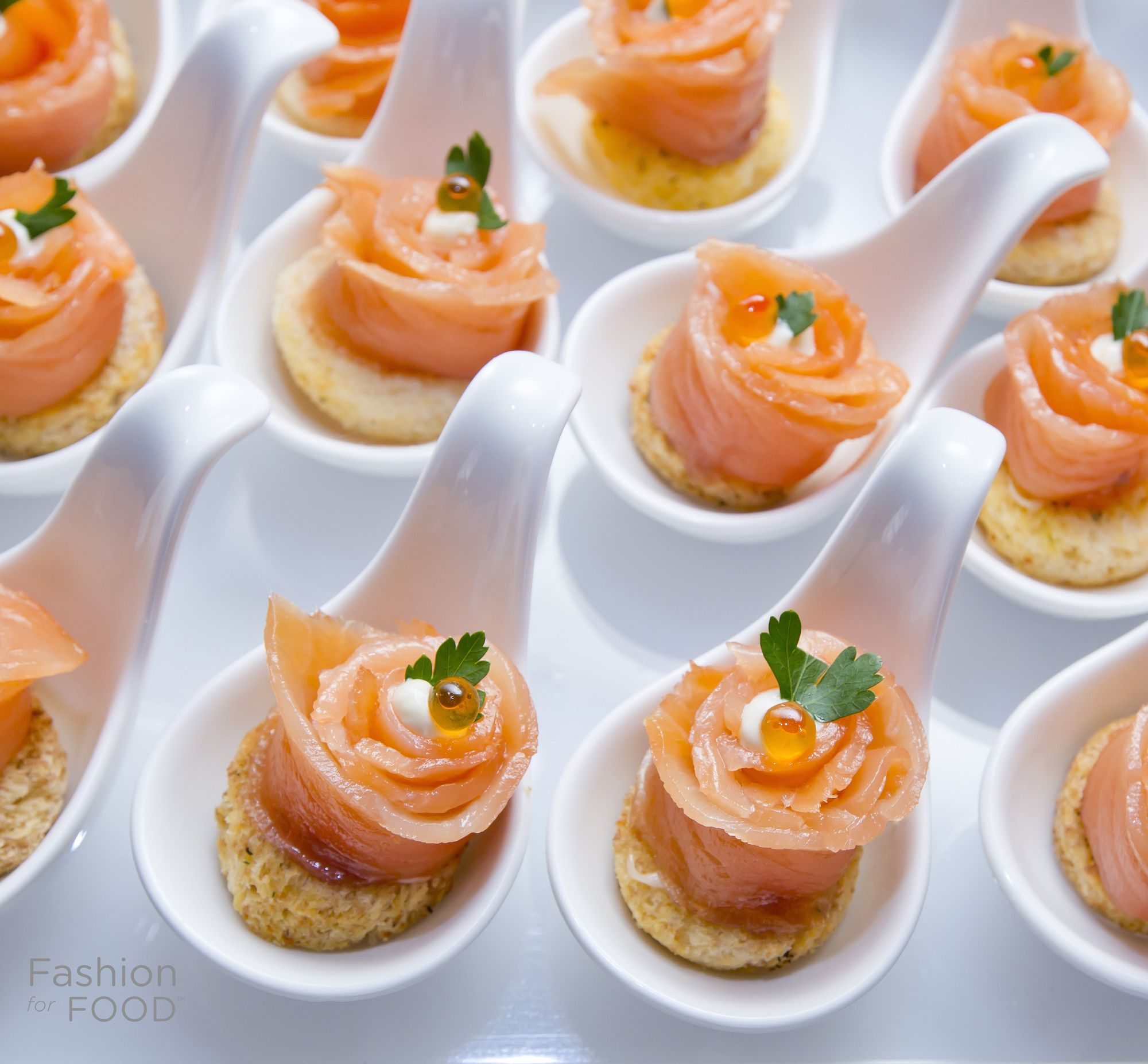 Asian Wedding Food Caterers: Salmon & Caviar Appetizers #Appetizers #Fooporn