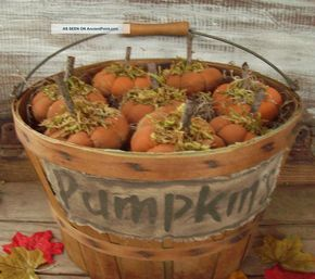 primitive halloween | Primitive Fall Halloween Splint Wood Basket~with Pumpkins~crow~light ... -   21 primitive autumn crafts