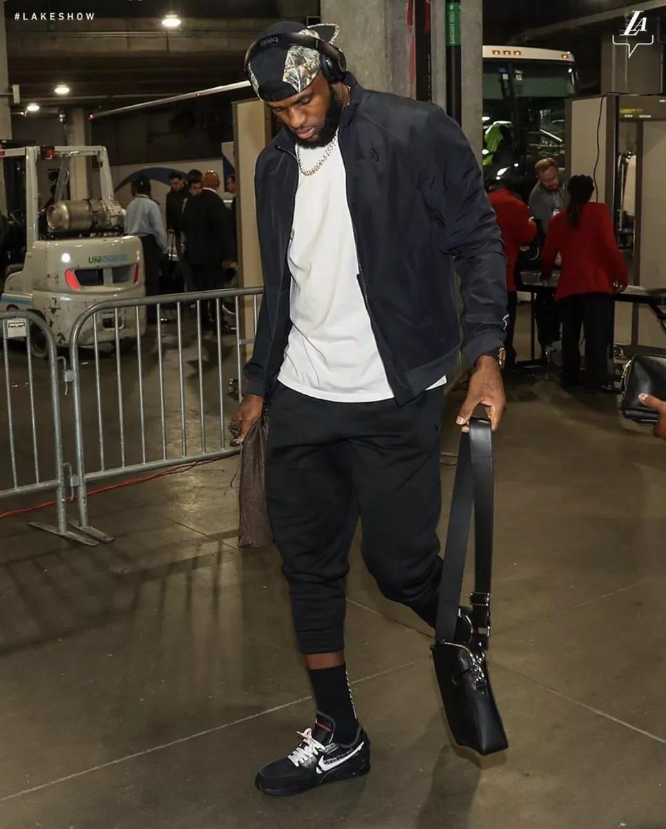 best website 82c82 af197 gunshawn #Sneaker #Streetwear #Streetfashion #NBA #LBJ ...