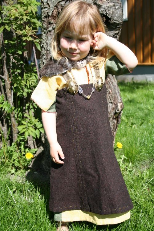 Ferdige plagg - Sommeren 2009 (vikingsnitt)