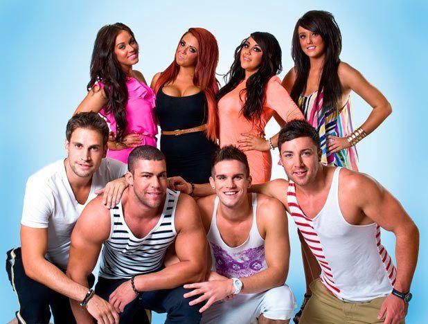 Big Birthday Battle Eps 5 Watch Geordie Shore Season 13 Episode 5 Online Watch 24 Full Episodes Watch 2 Geordie Shore Geordie Shore Cast Reality Tv Stars