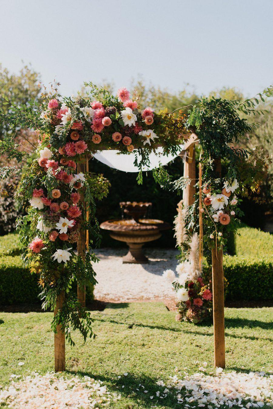 Talia & Adrian's Modern Luxe Jewish Wedding at Bells at