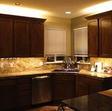 Under Cabinet Lighting 10 Shining Examples Led Cabinet Lighting Kitchen Led Lighting Light Kitchen Cabinets
