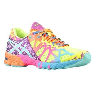 Women's Athletic Shoes and Clothing | Lady Foot Locker