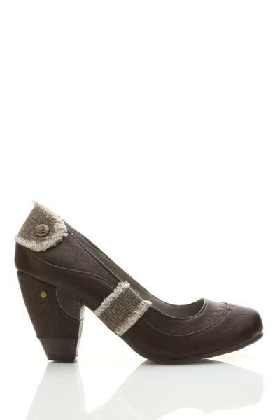 Distressed Woven Detail Faux Leather Court Shoes