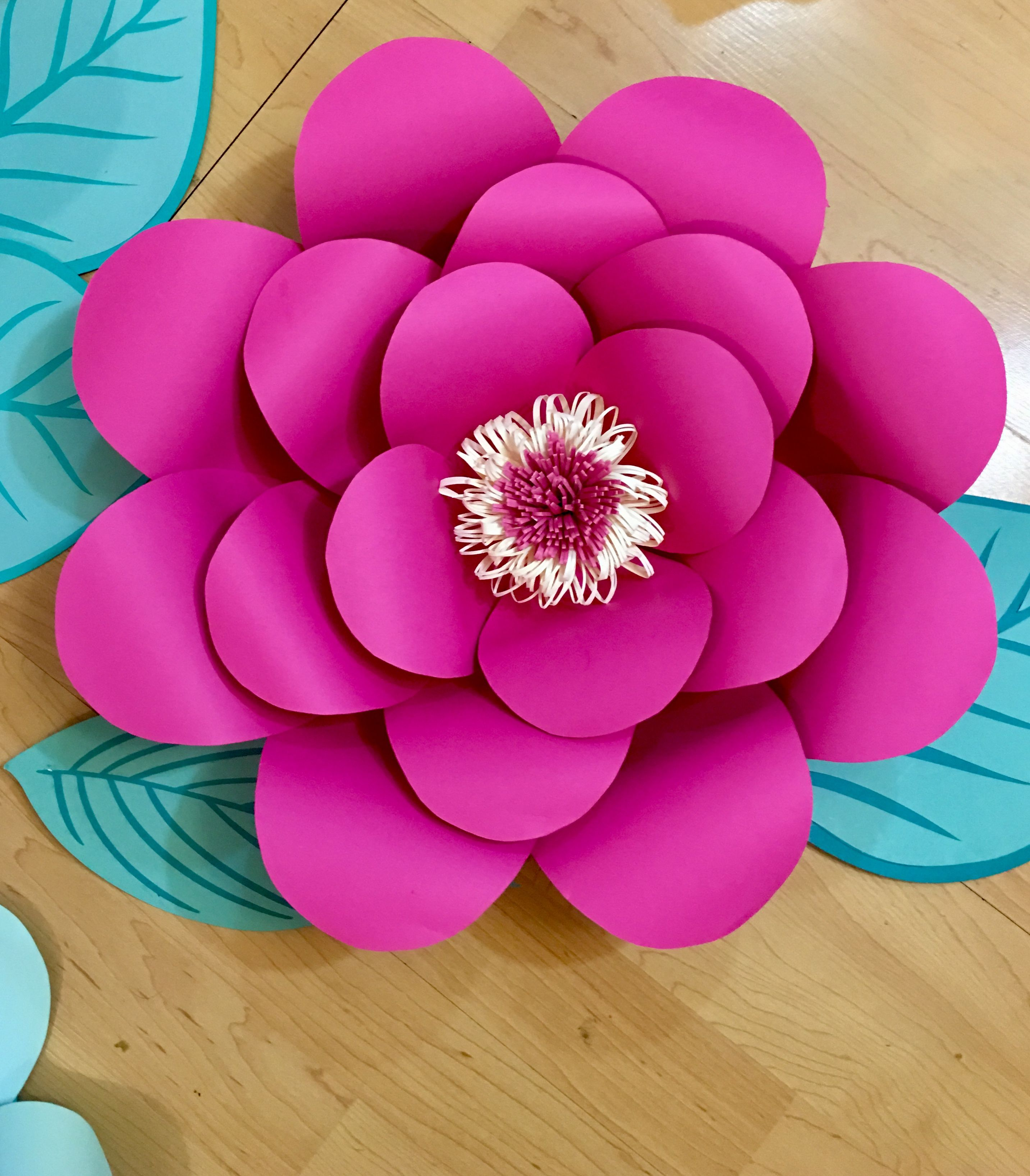 Giant Paper Flowers Made By Marnie Kirsch Large Paper Flowers