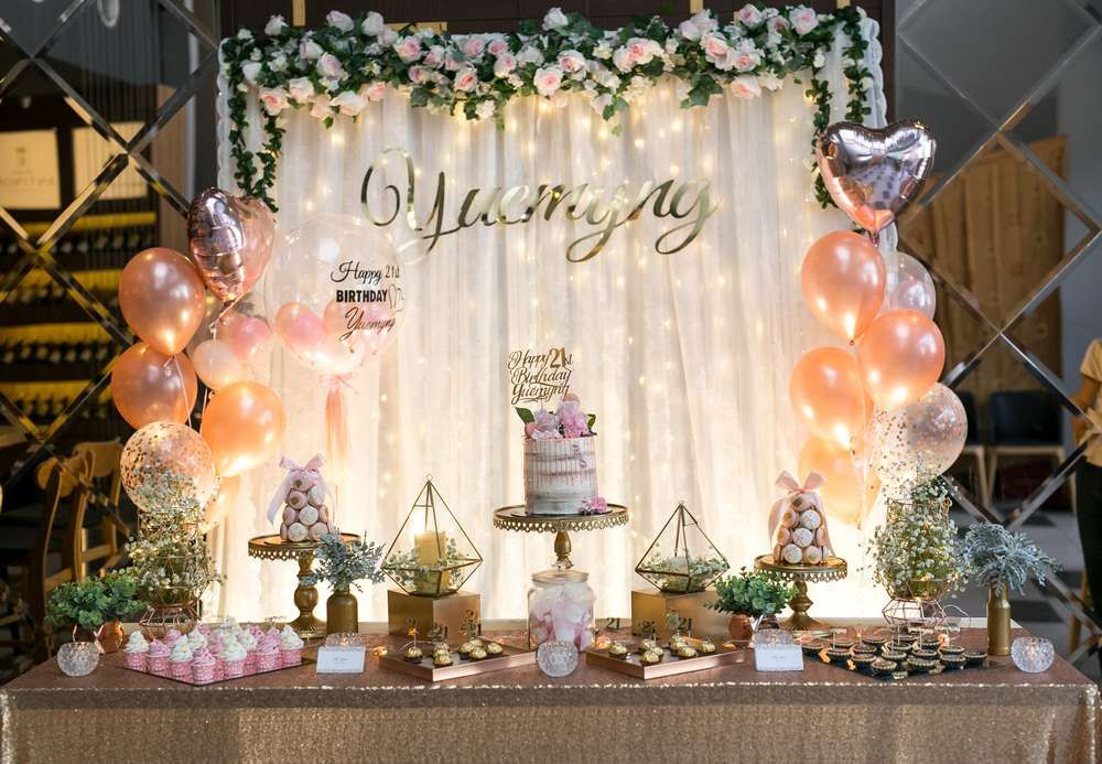 Glam Elegant 21st Birthday Party Ideas