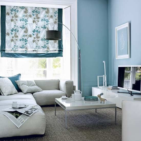 Blue gray living room paint colors living room for Grey white paint colors