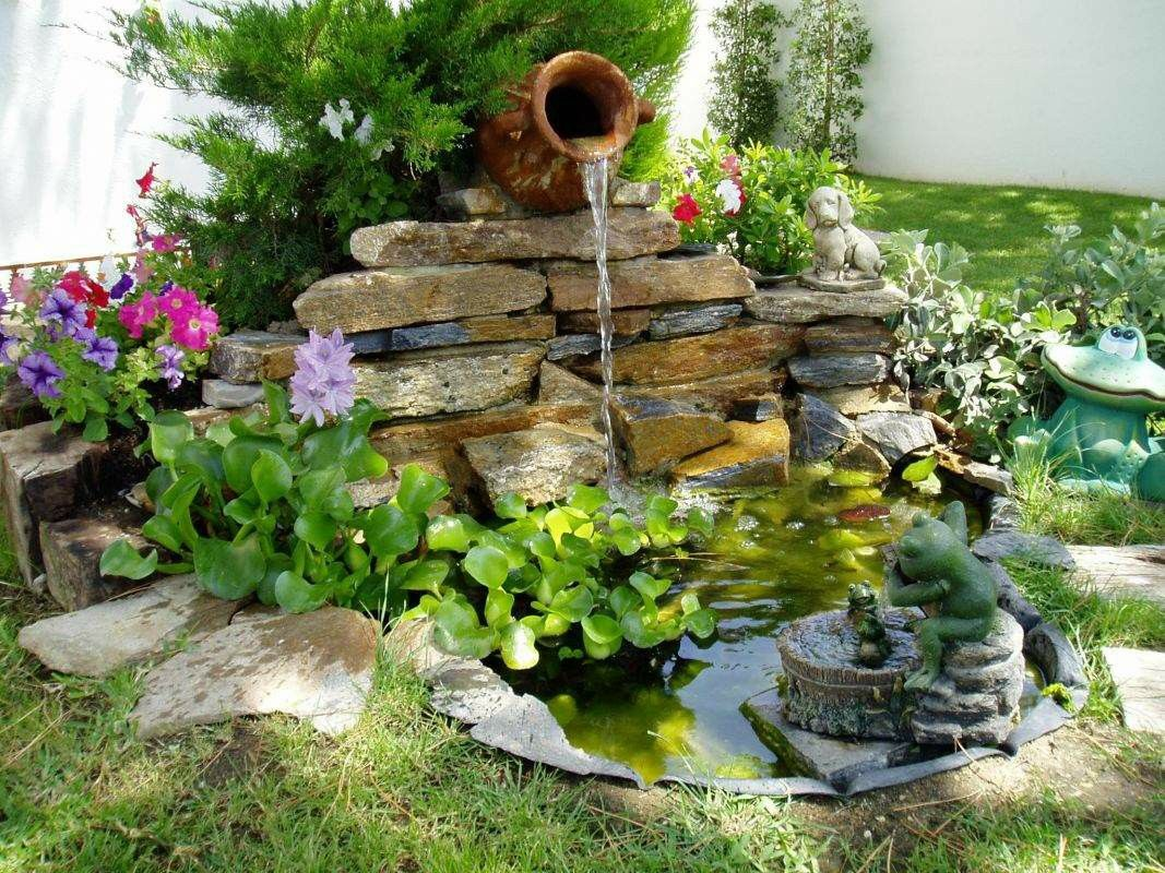 Pin By Cecilia On Exteriores Outdoors Small Water Gardens