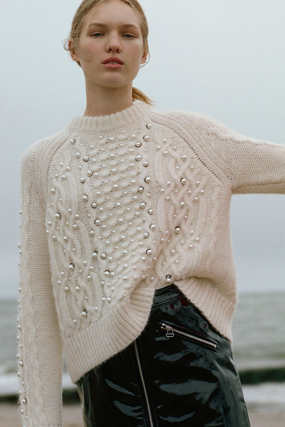 7c84285b50fef Rag and Bone   Resort 2018   pearls Knit Fashion, Sweater Fashion, Knitwear  Fashion
