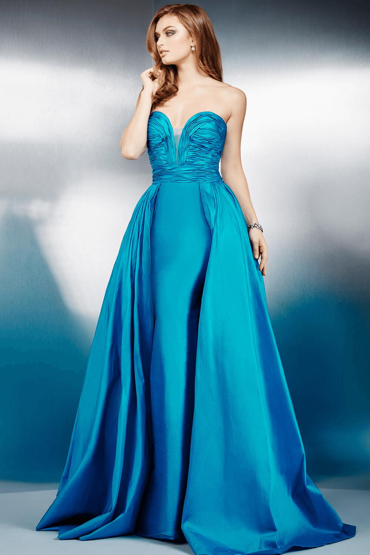 Este vestido de color azul es perfecto para una competencia de ...