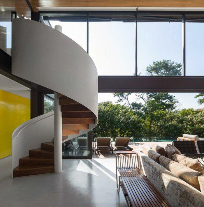 panoramafenster wendeltreppe innen massiv wohnzimmer einbauen
