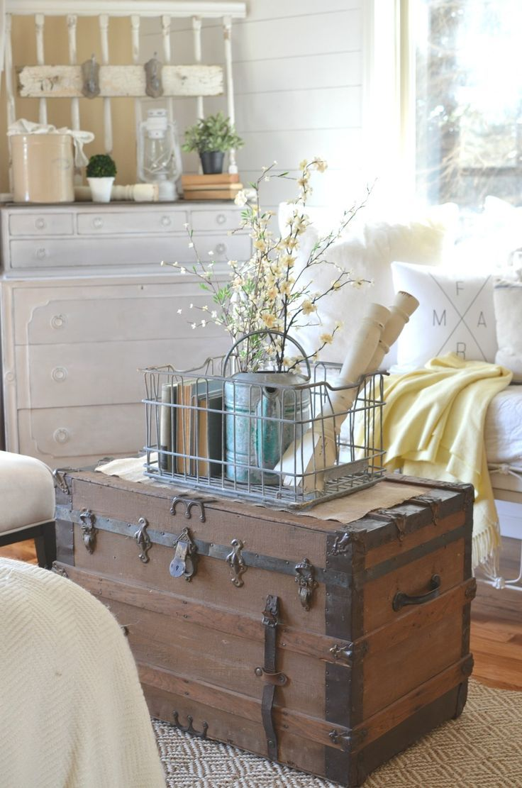 How to get organized with vintage decor decoration for Case di campagna arredamento