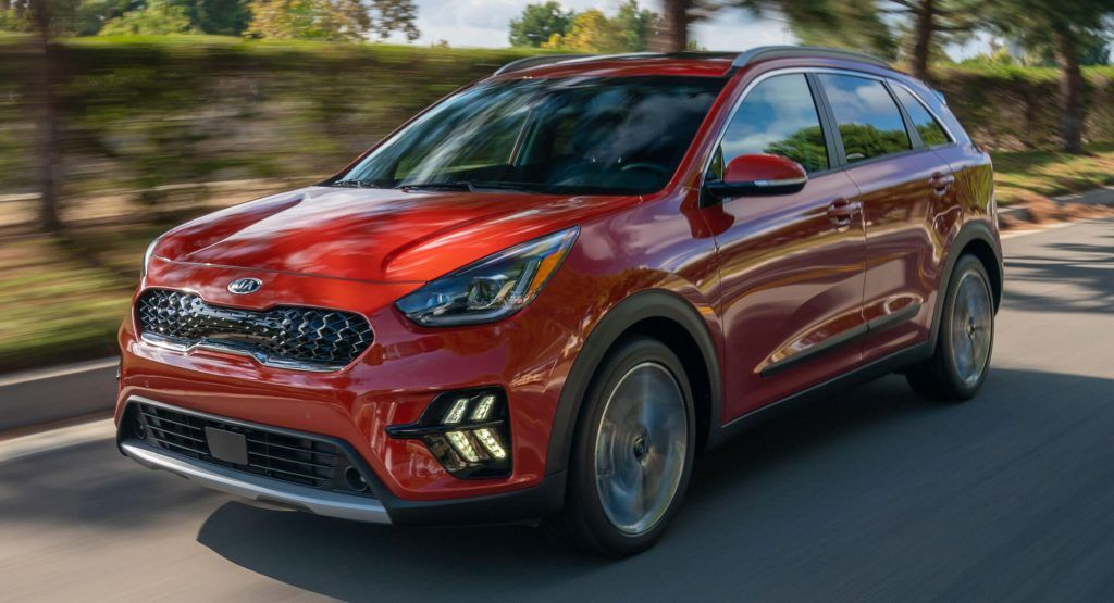 2020 Kia Niro Hybrid Goes Under The Knife Adds New Tech Carscoops In 2020 Kia Car La Auto Show