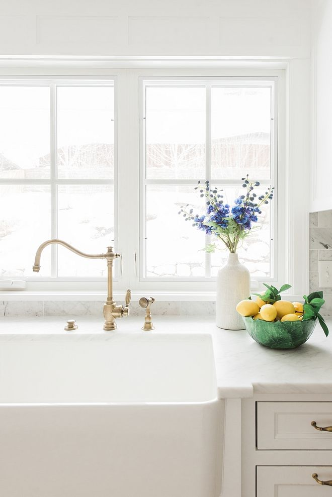 Traditional Brass Kitchen Faucet Traditional Brass Kitchen Faucet ...