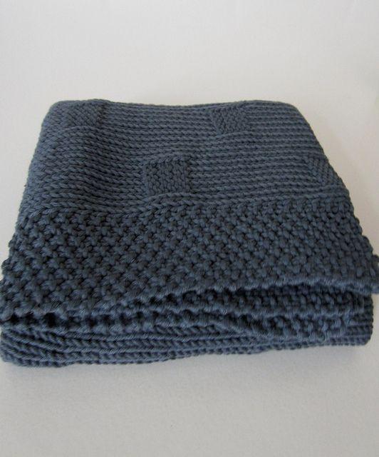 ravelry baby blanket pattern by maanel free pattern dk 8 ply 11 wpi us 6 4 0 mm 400. Black Bedroom Furniture Sets. Home Design Ideas
