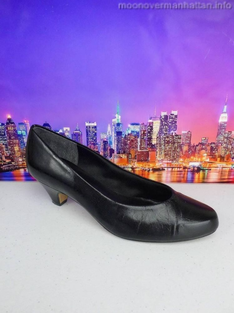 Womens shoes NATURALIZER blk leather low heel Classic Career Dress Pump sz 8 C/A #Naturalizer #PumpsClassics