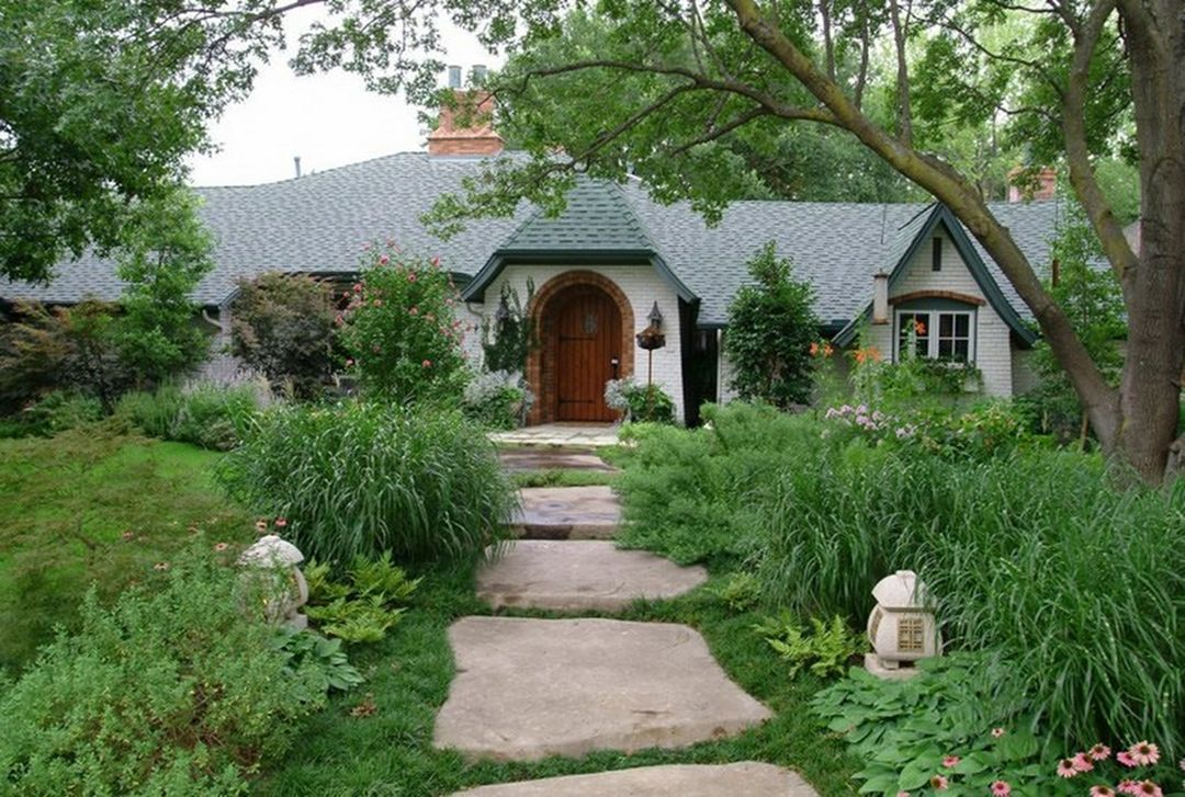 Beautiful Front Yard Garden Walkway Ideas 40 | Walkway ideas, Front ...