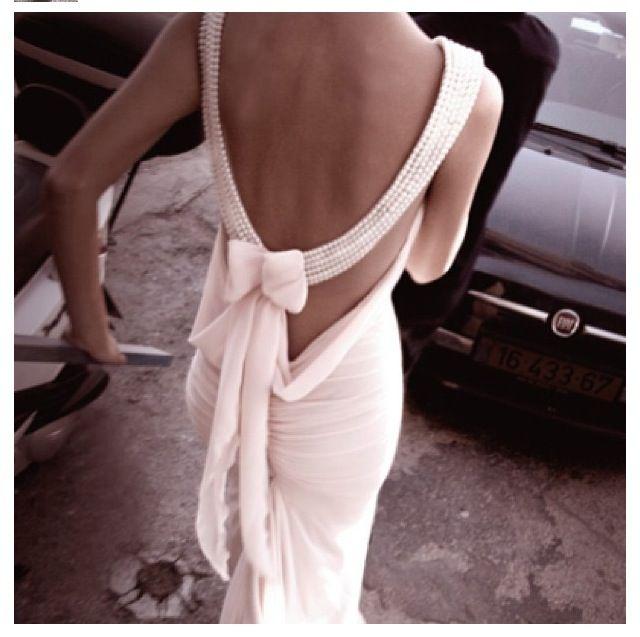 beading backless wedding dress