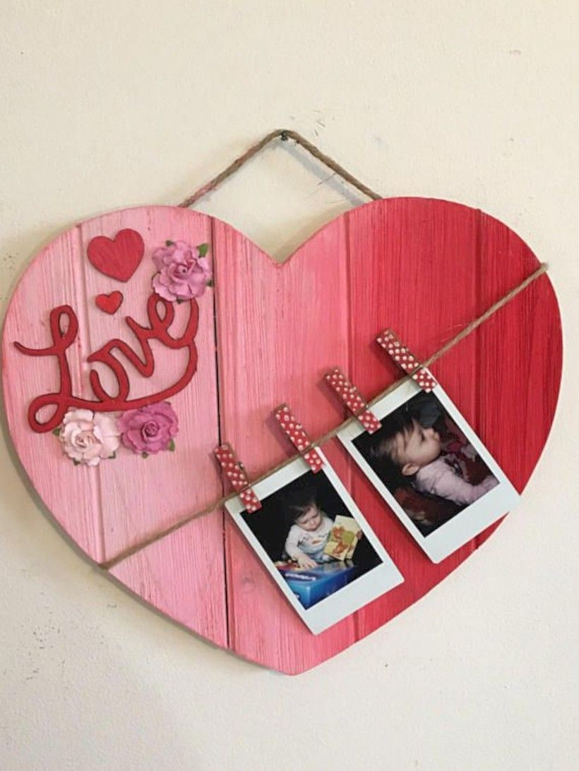 Cool 35 Affordable Valentines Day Decorations Made Out Of Pallets Http Gurudec Diy Valentine S Day Decorations Valentine S Day Diy Diy Valentines Decorations