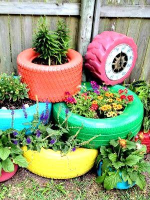 recycler vos pneus usag s en jardini res ou comment tre un pro du jardin pneu jardins. Black Bedroom Furniture Sets. Home Design Ideas