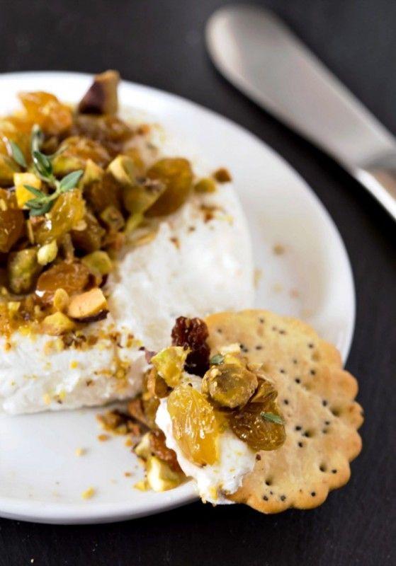 Honey Thyme & Golden Raisin Goat Cheese Spread | Sun-Maid