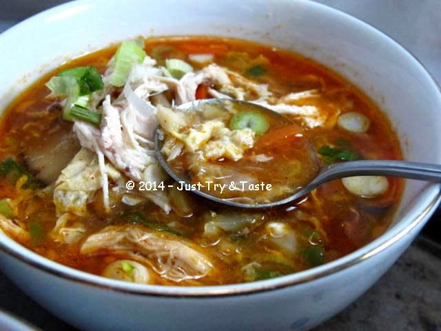 Sup Ayam Asam Pedas Chinese Hot And Sour Chicken Soup Sup Ayam Sup Masakan Indonesia