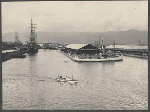 Honolulu docks taken from deck of SS Manchuria. Photo by Burr McIntosh