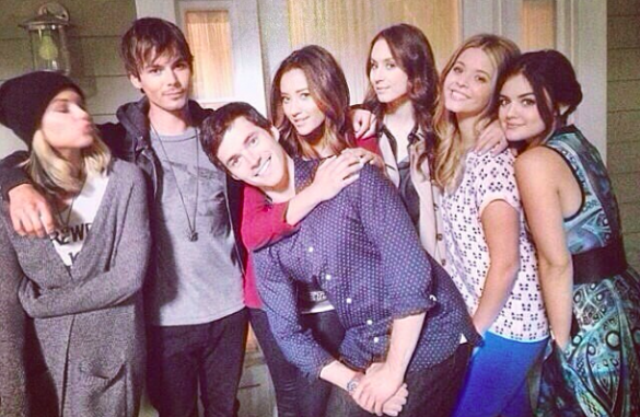 pretty little liars - my favourite shows, with reasons why you should watch it!