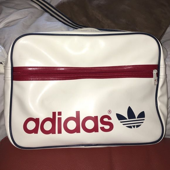 a954c9000f Great condition. This is a limited edition very vintage bag. This piece  will make any outfit go from 0 to 100 real quick. Festival bag