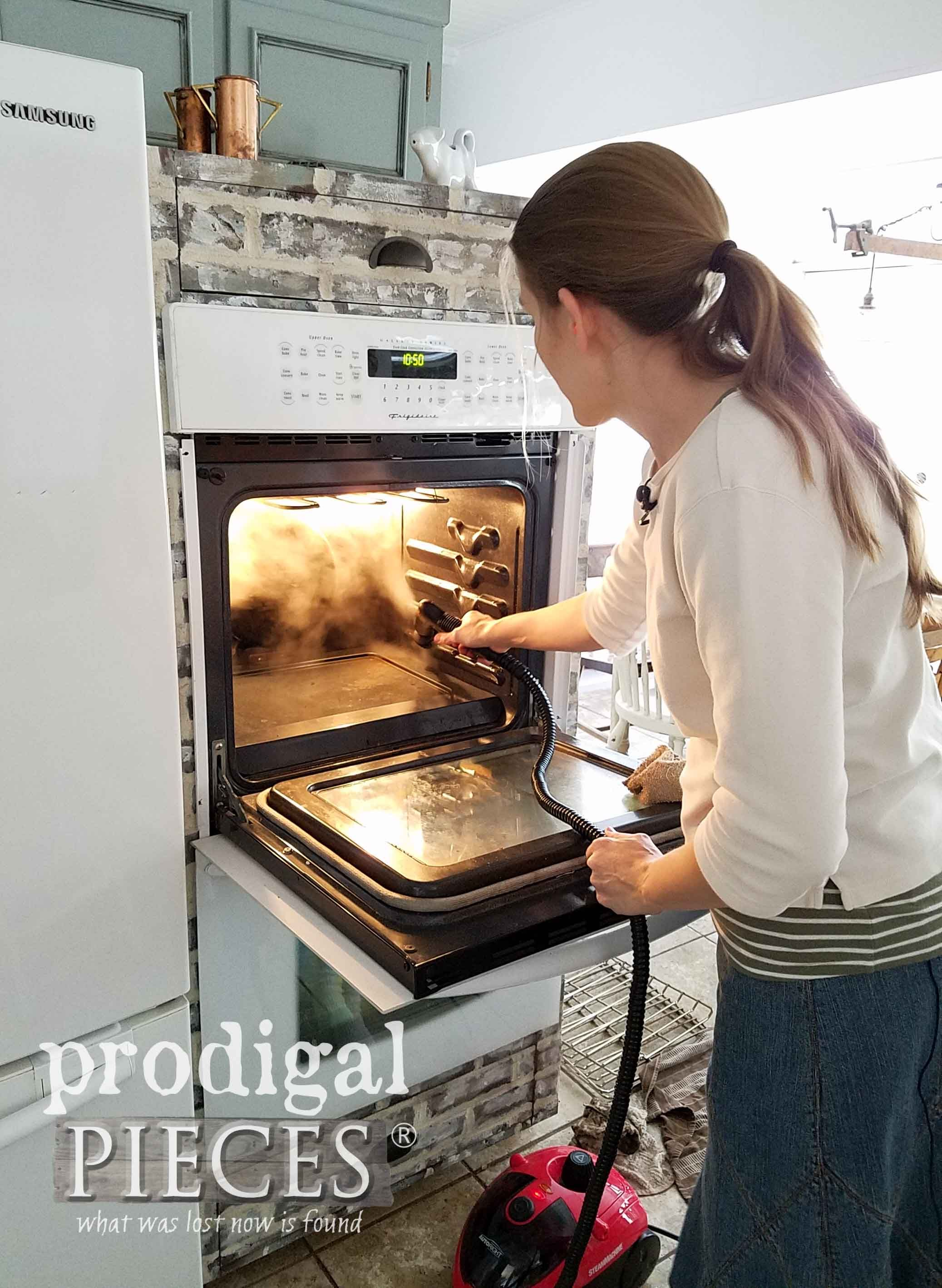 Chemicalfree oven cleaning with homeright steam machine