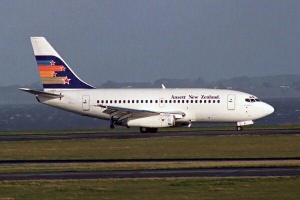 Ansett New Zealand Boeing 737 Auckland Airport
